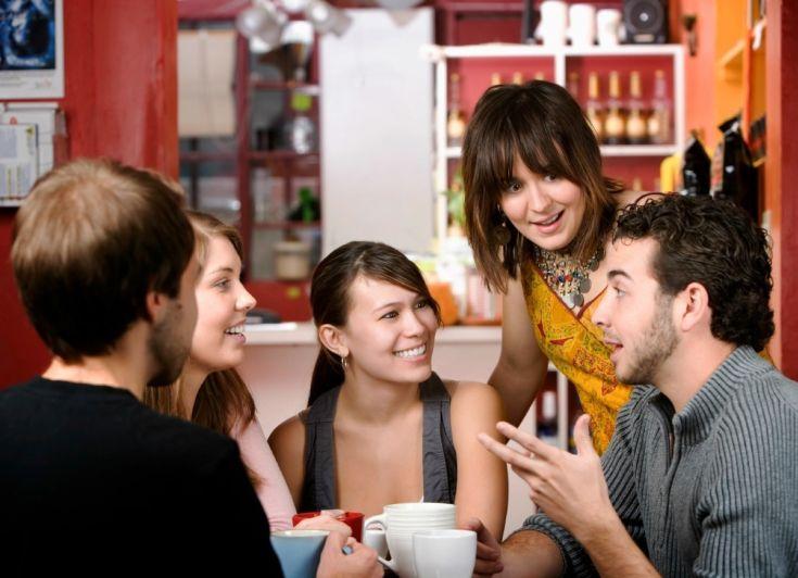 friends-coffee-talking-drinking-job-meeting-01