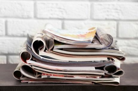 Επιλέξτε περιοδικά με αρκετά κείμενο και όχι πολλές φωτογραφίες για ένα πιο σοφιστικέ αποτέλεσμα.